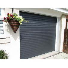 IS77 Plus Premium insulated roller shutter door